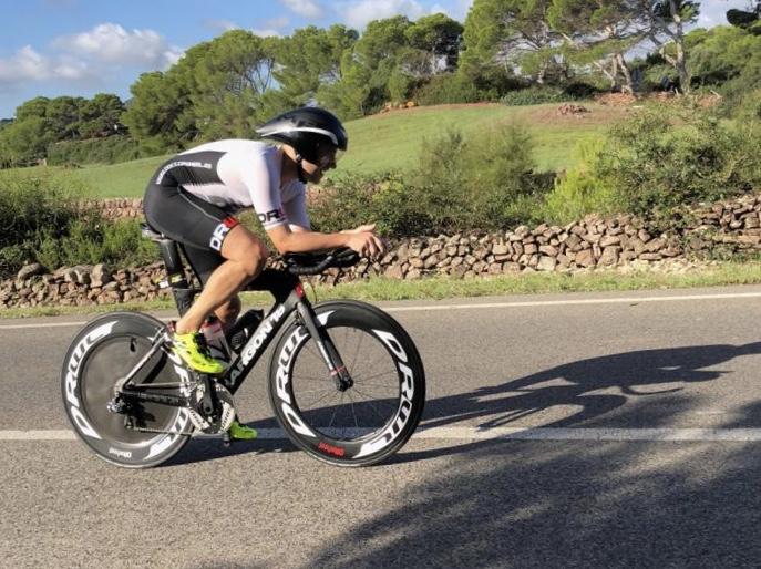 triatlon media distancia y sus caracteristicas